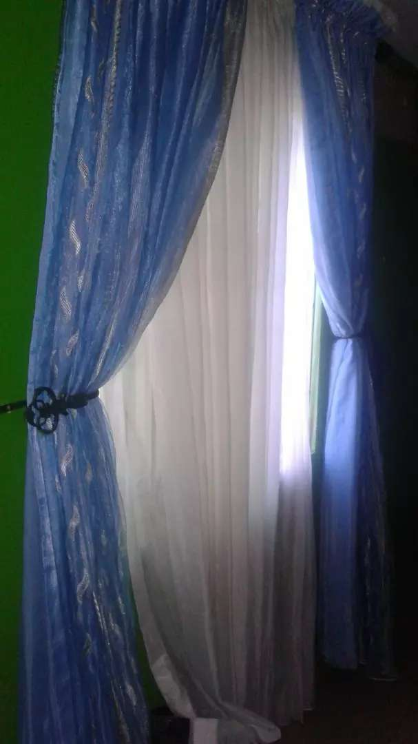 New Set of curtain 0