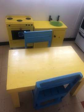 Table,chairs kitchen stove and sink