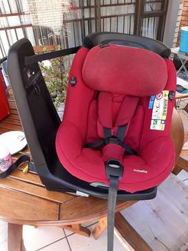MAXICOSI AXISS car seat 360• swivel