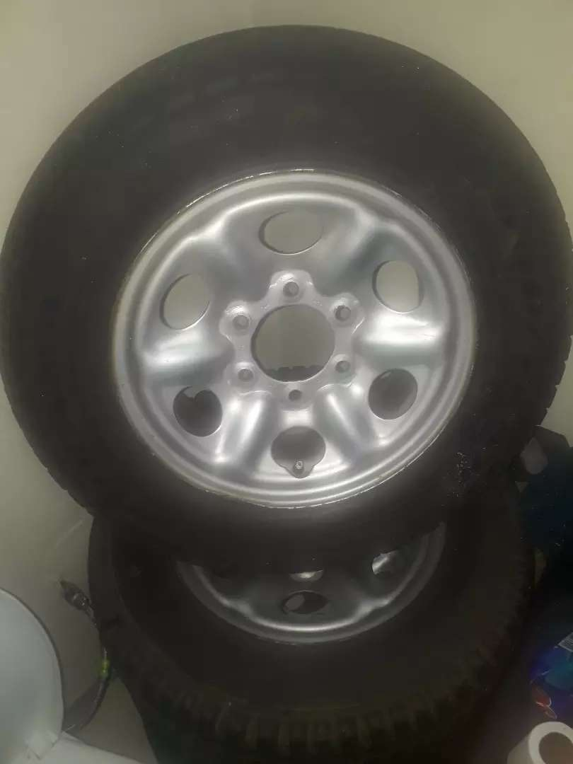3* tyres with rims 0