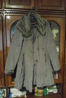 Жіночий плащ-пальто