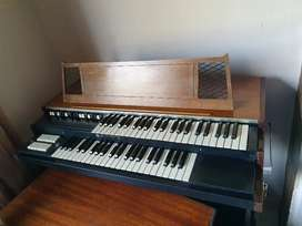 Hammond Porta B valve organ for sale