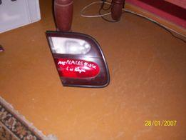 Lampa lewa tył w klapę Nissan Almera N15