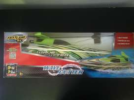 R/C Wave Cutter Speed Boat