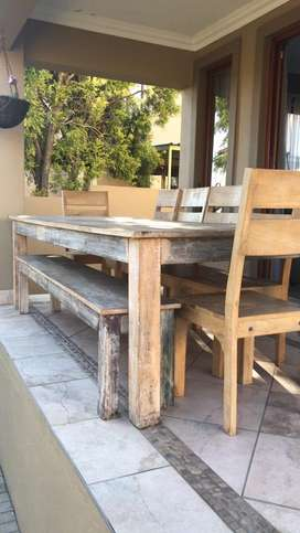 8-10 seater, rustic woden dining room table, 6 chairs and bench incl
