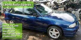 Opel Astra 180i stripping