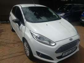 2016 ford fiesta 1.4 manual hatchback immaculate condition for sale