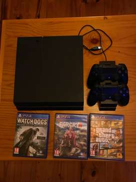 Ps4 1tb with 2 controls and games