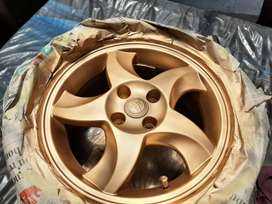 Rim spray starting from 400 for all 4 wheels,call first for watsap no.