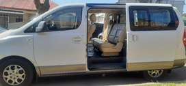 HYUNDAI H1 WITH DOUBLE SLIDING DOORS /AUTOMATIC 2.5 DIESEL