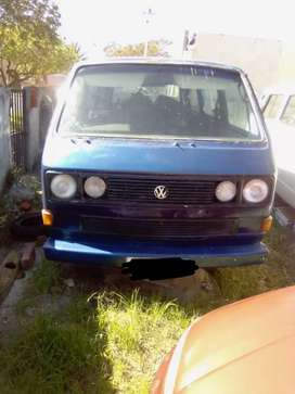 Microbus with toyota 4y engine and 4soeed gearbox