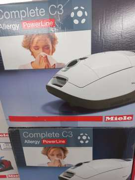 Miele Complerw C3 Vacuum Cleaner