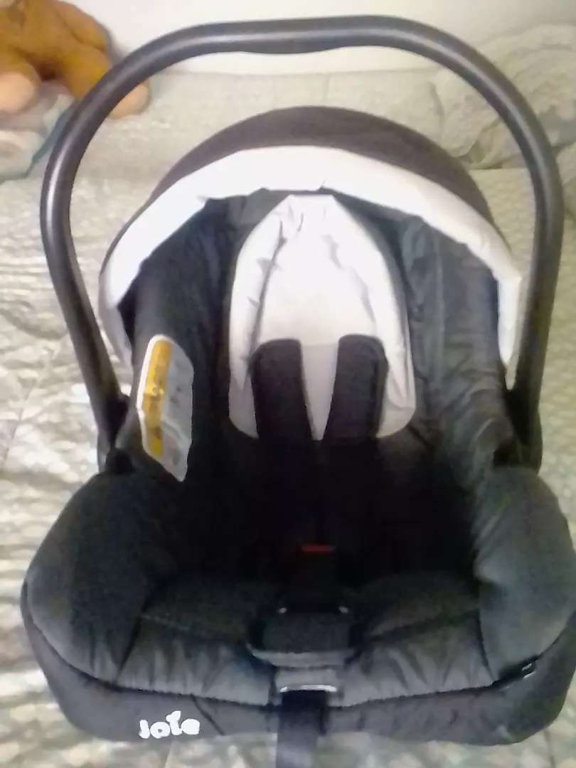 Joie baby car seat 0