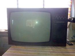 Продам ламповый цветной телевизор Электроника