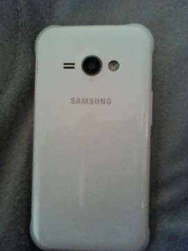 SAMSUNG J1 ACE IN IMMACULATE CONDITION  (GOOD AS NEW) FOR QUICK SALE