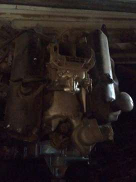 Old used in perfect condition Ford 2.5 v6 engine