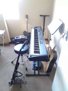 Guitar and piano/keyboard lessons