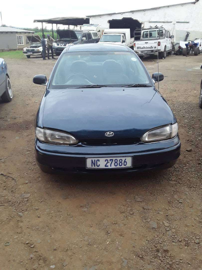 HYUNDAI accent for sale 0