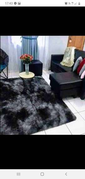Selling 3 piece bedding and fluffy carpets