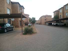 2 Bedroom Flat Randfontein