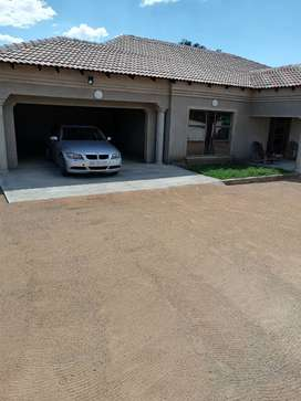 Selling bmw or swap with polo.