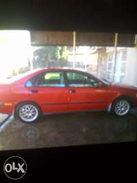 Image of Volvo S40 T4 2002 model for sale R 28500