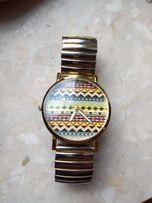 Zegarek z azteckim wzorem