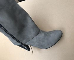 Buty damskie kozaki NOWE -50% ceny sklepowej 36-40 rozmiary