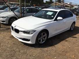Bmw f30 auto with low kmh for a give a way