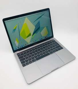 Apple MacBook Pro 13-inch 2.3GHz Dual-Core i5
