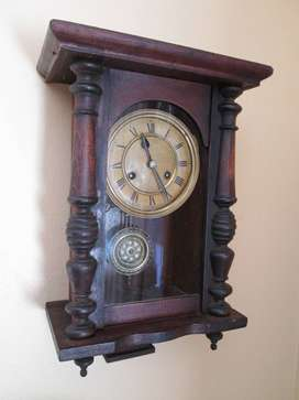 Vintage wall clock, mechanical, beautiful condition, works fine