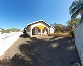 5 bedroom house for rental in Isipingo Hills