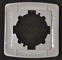 Продам рамку (накладку) на розетку или выключатель Viko