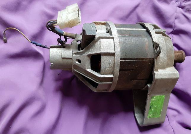 Електродвигатель ,электродвигатель для Стиральной машины AEG