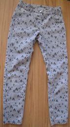 C&A lekkie spodnie w serduszka 140