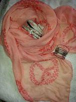 Воздушный и легкий персиковый шарф палантин из вискозы