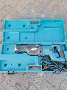 Reciprocating saw MAKITA JR3070CT 1510W - Excellent Condition