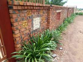 Boysroom for sale very big stand r160 000 price is negotiable