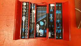 Tool box set 81 pieces