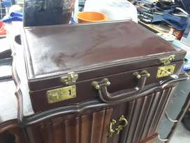 Genuine leather suitcase with lock and key