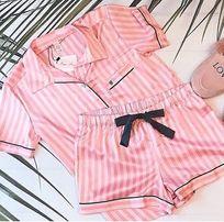 Пижама Victoria's Secret шортики и рубашка Виктории Сикрет