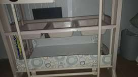 CHANGING TABLE WITH BUILDT IN BATH