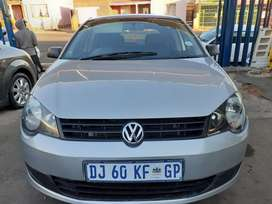 Vw polo vivo 1.4 service book
