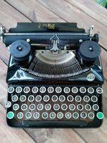 stara przedwojenna maszyna do pisania ERIKA