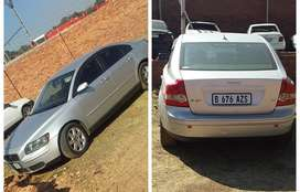 Volvo S40 2.4 stripping (spares or parts for sale)!