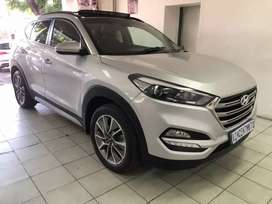 2018 Hyundai Tucson with spare keys and service book