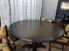 Big Round Dinning Table Dark Wood