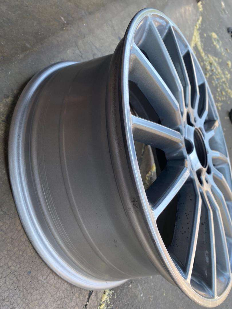 19 inch AMG RIM in mint condition 0