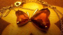 "Кулон ""Бабочка"" медового цвета"