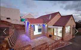 3 bedroom house with 3 granny flats for sale in Woodlands... Urgent